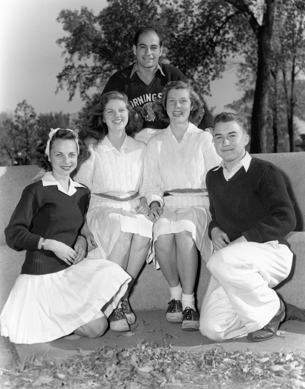 M'side College Cheerleaders of 1946