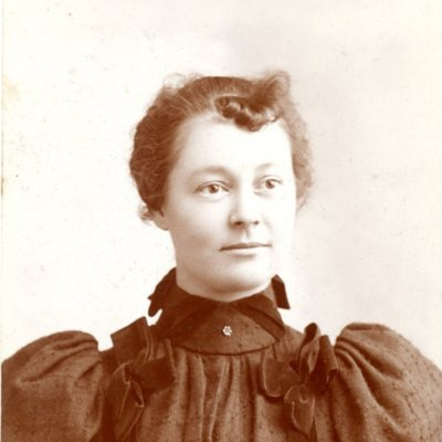 Portrait of Pearl Campbell  ca. 1900