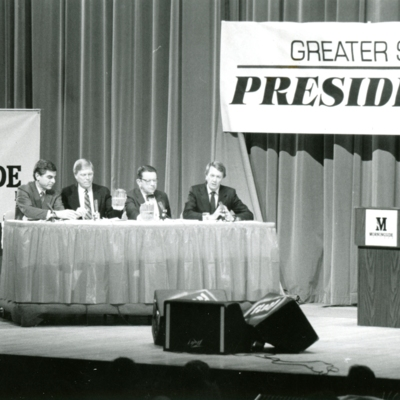 Greater Sioux City Press Club Presidential Debate, Series of 7 Photos, 4 of 7