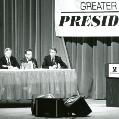 Greater Sioux City Press Club Presidential Debate, Series of 7 Photos, 3 of 7
